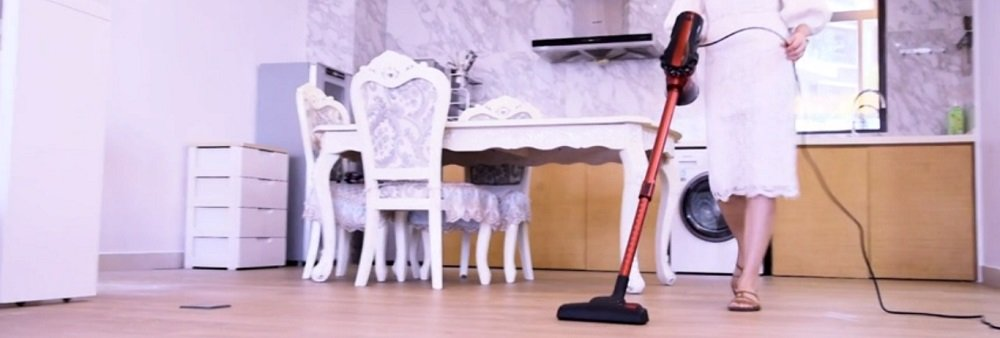 MOOSOO Vacuum Cleaner Corded Stick Vacuum Review