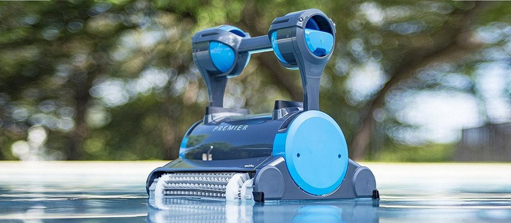 Can you leave robotic pool cleaners in the pool?