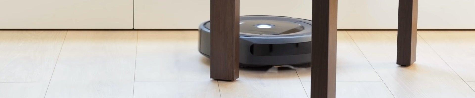 iRobot Roomba 695 vs iRobot Roomba 690: Robot Vacuum Comparison