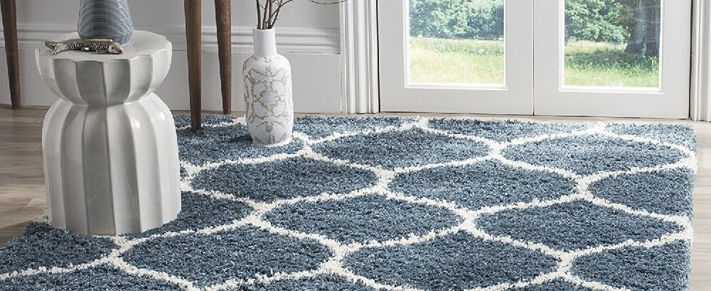 How do you get mold out of carpeting?