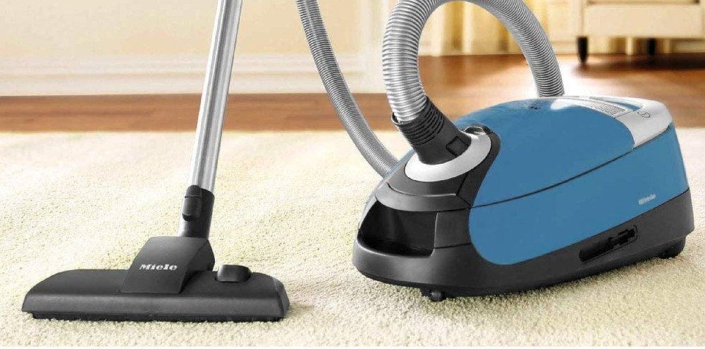 Canister Vacuum for Carpets