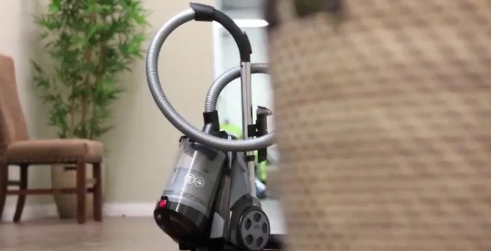 Ovente Electric Bagless Canister Vacuum ST2620B
