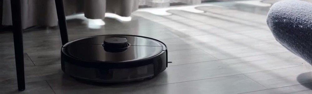 Roborock S5 Max Vacuuming and Mopping Robot
