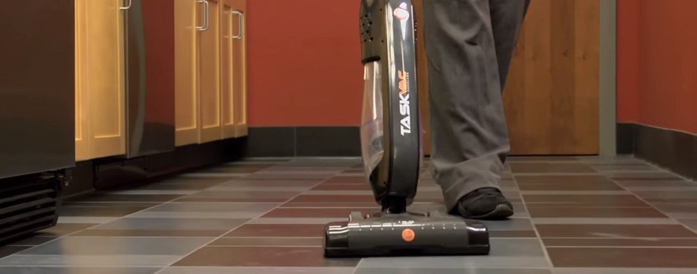 Hoover Commercial TaskVac Stick Vacuum CH20110 Review