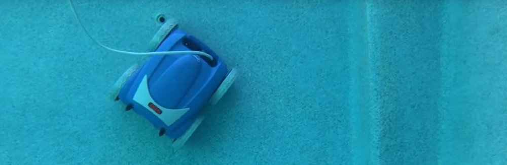 Robotic Pool Cleaners Review