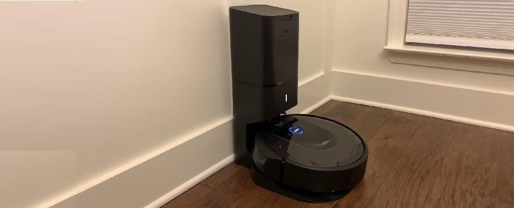 Roomba i6+ vs. i7+ Robot Vacuums